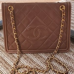 💯% Authentic Vintage Chanel Shoulder Bag